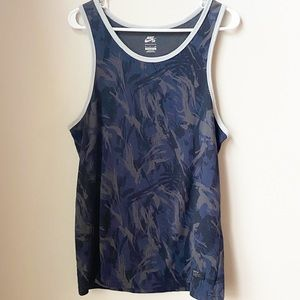 Nike Navy Tank Top Size Small